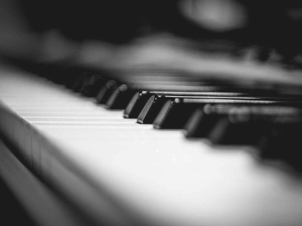 Top 12 Best, Cheap & Affordable Keyboard Pianos - 2019 Guide